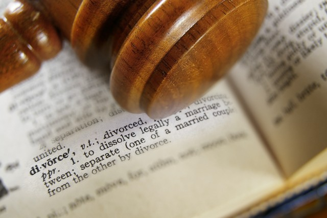 How to choose a Divorce Lawyer?
